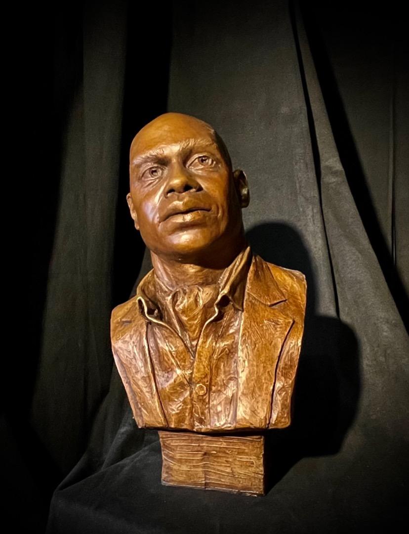 Portrait of Moe Bracy